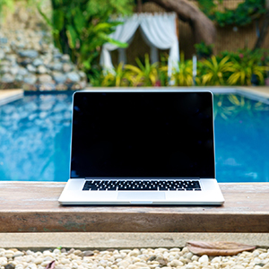 4 Types of Content Marketing That Will Help Your Pool Business Make a Splash